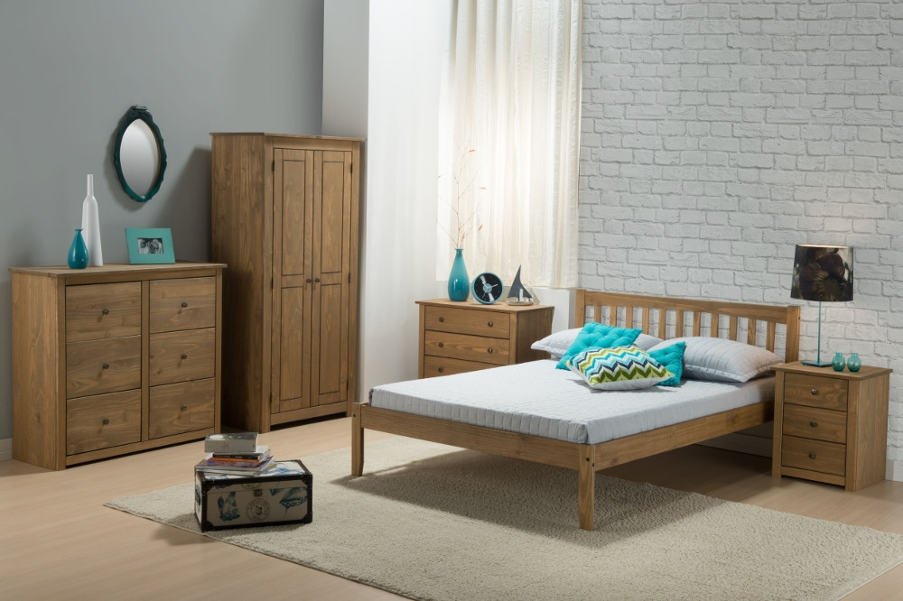 Santiago Pine Wooden Bedroom Furniture Collection