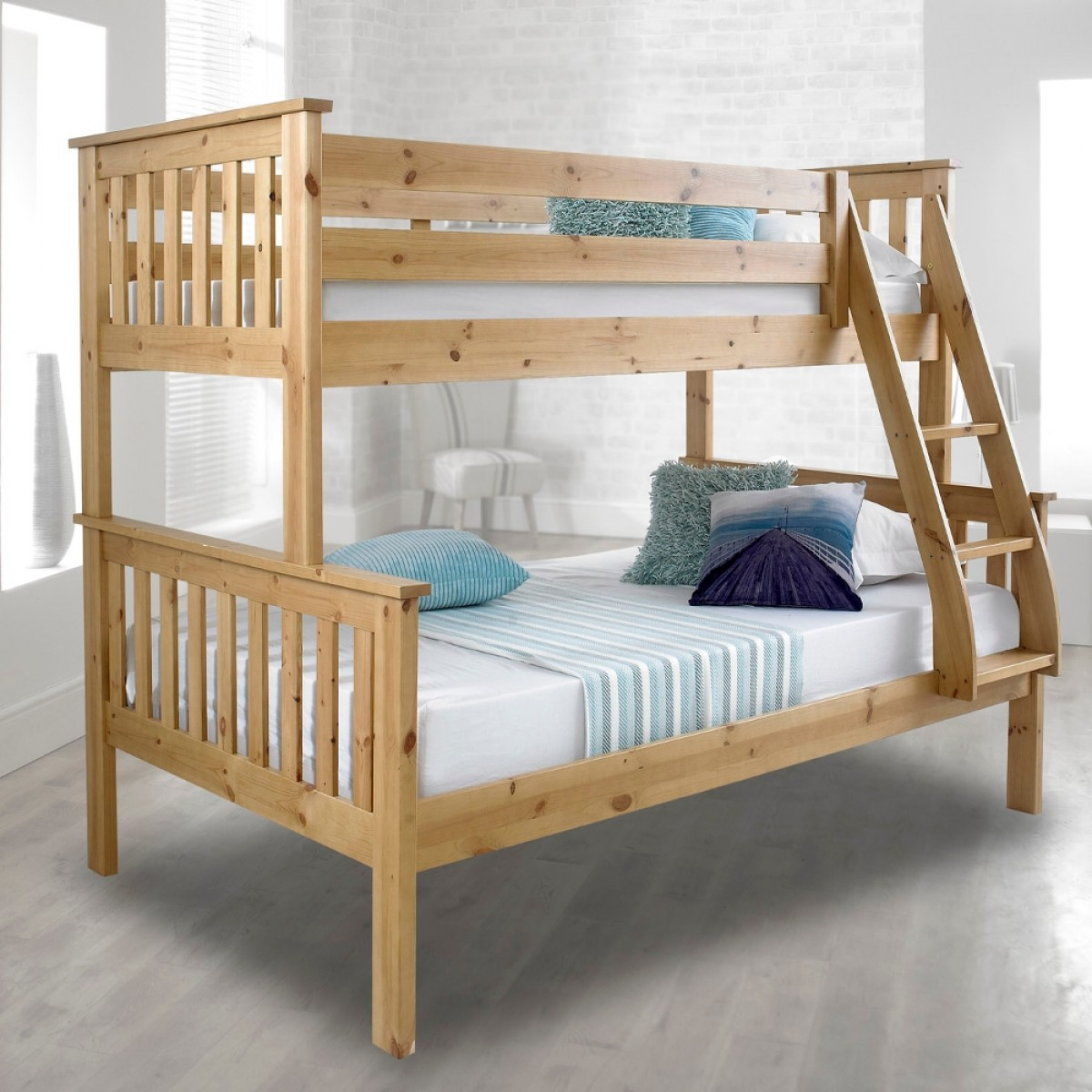 atlantis solid pine wooden triple sleeper bunk bed. Black Bedroom Furniture Sets. Home Design Ideas