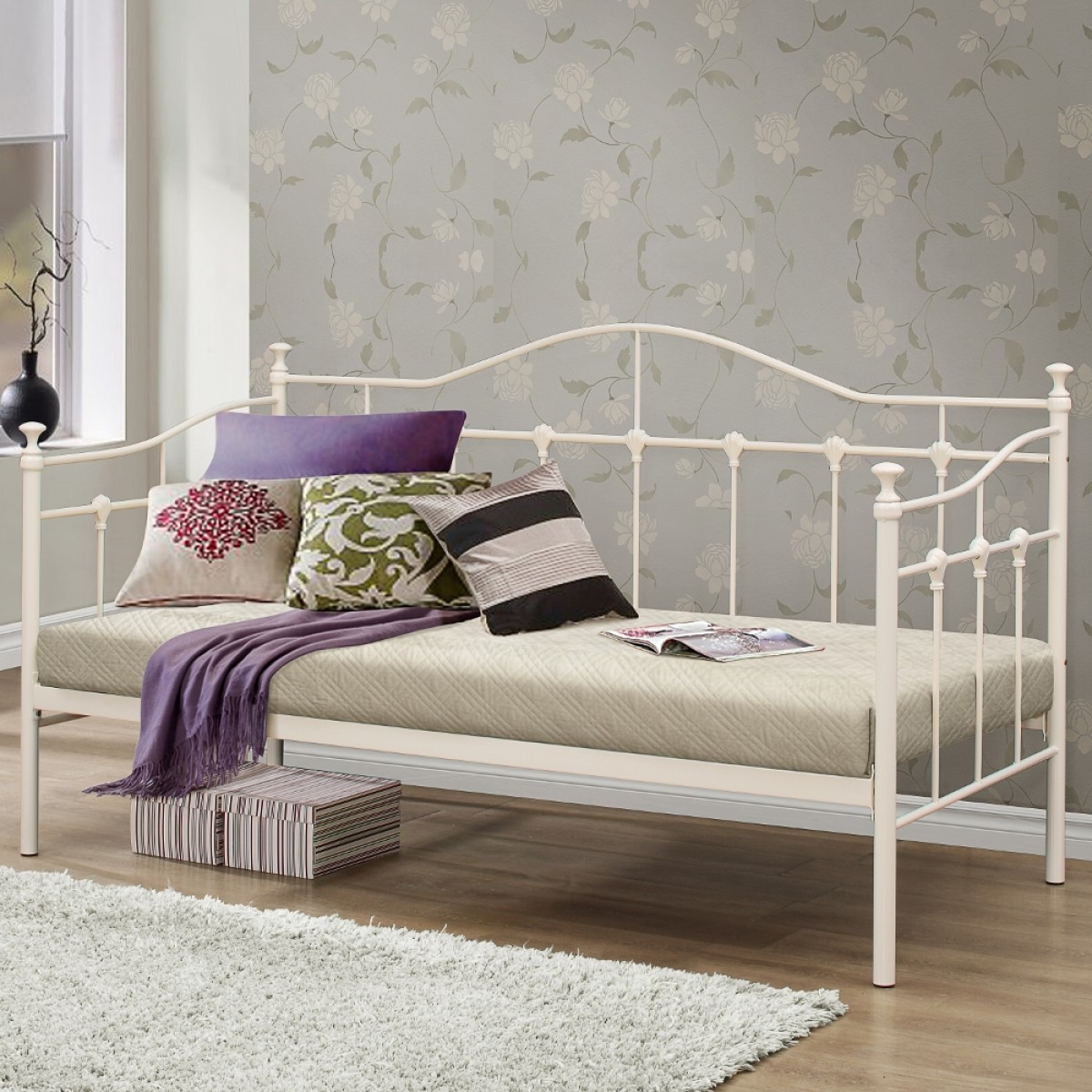 Torino cream metal day bed 3ft single