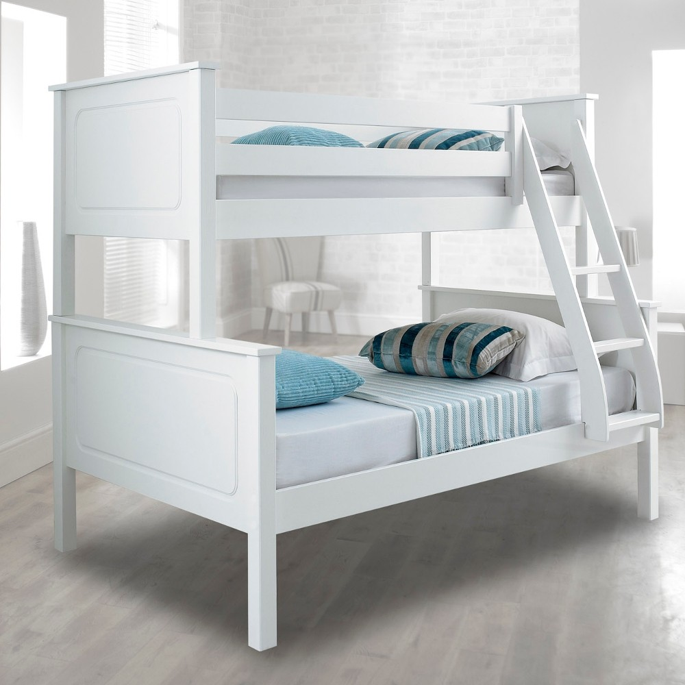 vancouver white finish solid pine wooden triple sleeper bunk bed. Black Bedroom Furniture Sets. Home Design Ideas