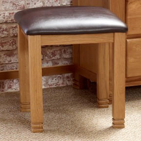 Woodstock Oak Stool
