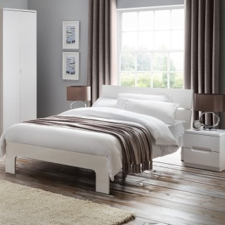 Manhattan White Wooden Bedroom Furniture Collection